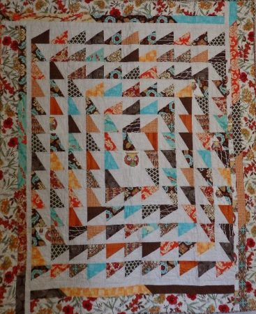 Diagonal maze quilt by iCandy Quilts